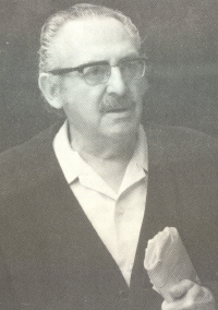 �lvarez Bl�zquez, Xos� Mar�a