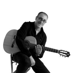 Lorenzo Pi�eiro, H�ctor